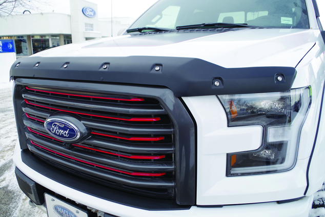 Image de DEFLECTEUR DE CAPOT TOUGH GUARD FORD F250/F350 SD 11-16